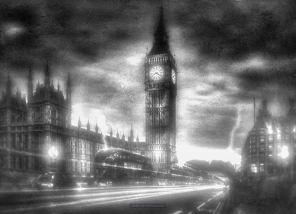 London_Foggy by -Ashen-