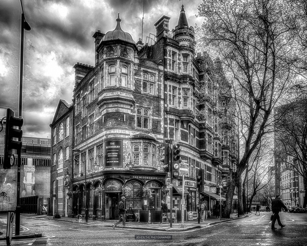 Bloomsbury by -Ashen-