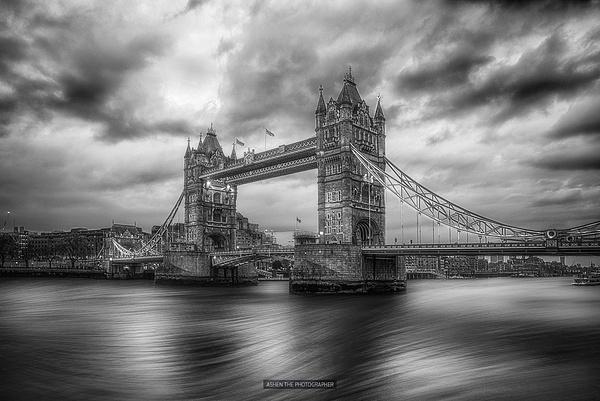 Bridge_01_BW by -Ashen-