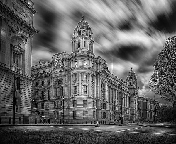 London_Street by -Ashen-