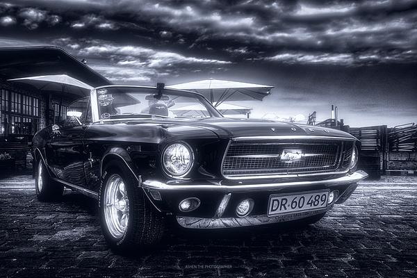 Car_02_Mono by -Ashen-