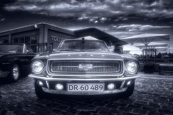 Car_03_Mono by -Ashen-
