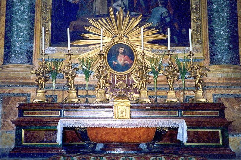 Saint Peters Altar-001