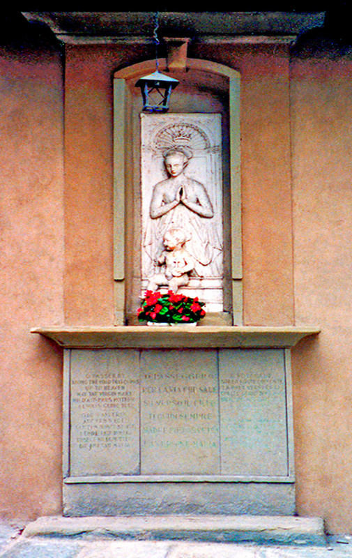 Tuscany Statue 1