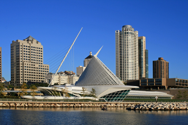 Milwaukee Art Museum D by James Bickler