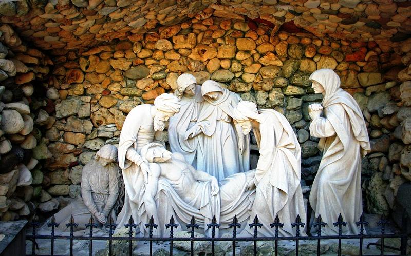 Grotto_Statue_1-001