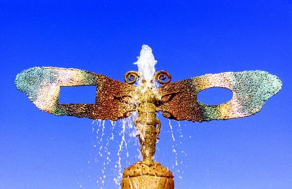 Pasadena Fountain-001 by James Bickler