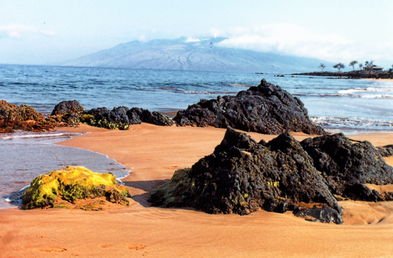 View of Lanii from Maui_pe