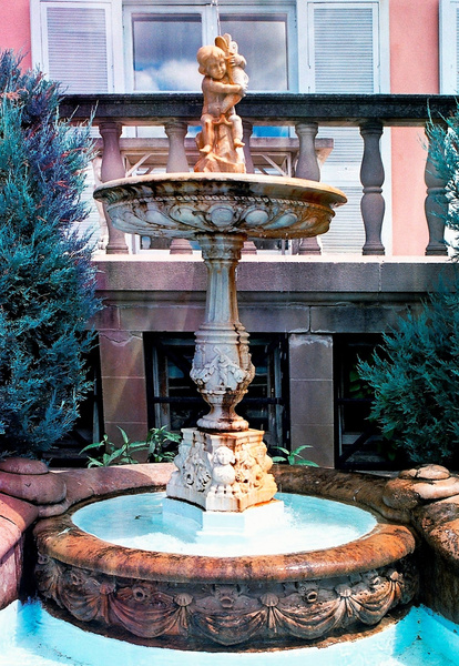 Cuneo Estate Fountain 8.02 _pe by James Bickler