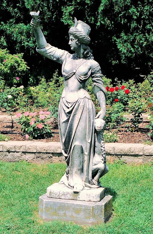 Cuneo Estate Statue A 8.02