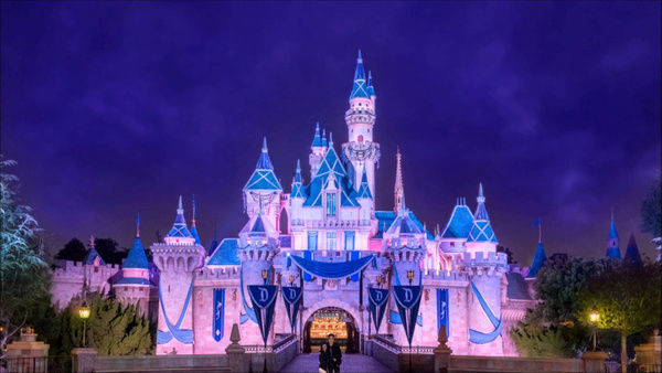 disneyland by KarinaValenzuela60082