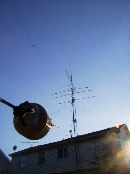 N9TF DX-B 1/4 sloper. Peak of mini contest station. by...