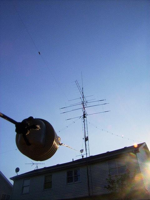 N9TF DX-B 1/4 sloper. Peak of mini contest station.