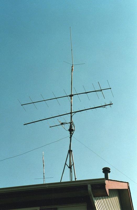 WB9VTF Mundelein antennas Mid 90's, rebuilding antenna farm.