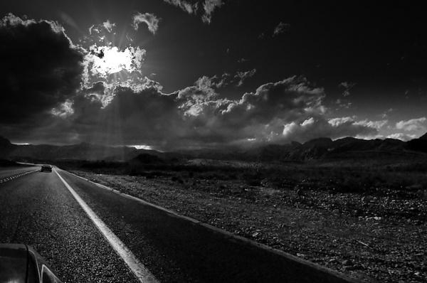 Leaving Las Vegas by aaronhollows