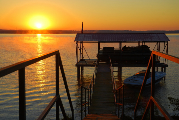 Lake_House_Sunrise-0006 by LensCraft
