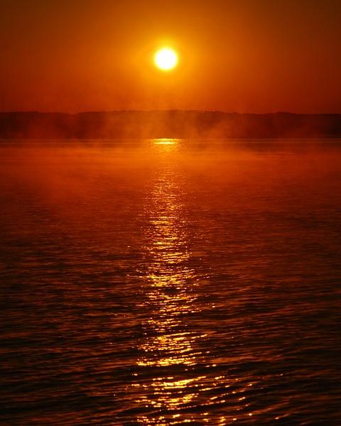 Lake_House_Sunrise-0009 by LensCraft