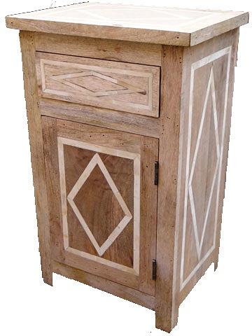 6768B by Dezaro Furniture