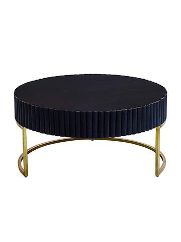 16015 by Dezaro Furniture