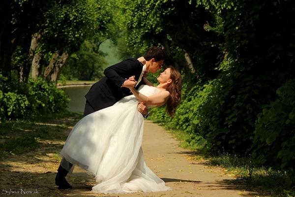 Gosia & Maciej Wedding, Poland by Sylwia Nowak