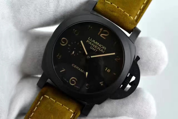 PANERAI PAM 441 LUMINOR 1950 3 DAYS GMT CERAMICA (VS F)