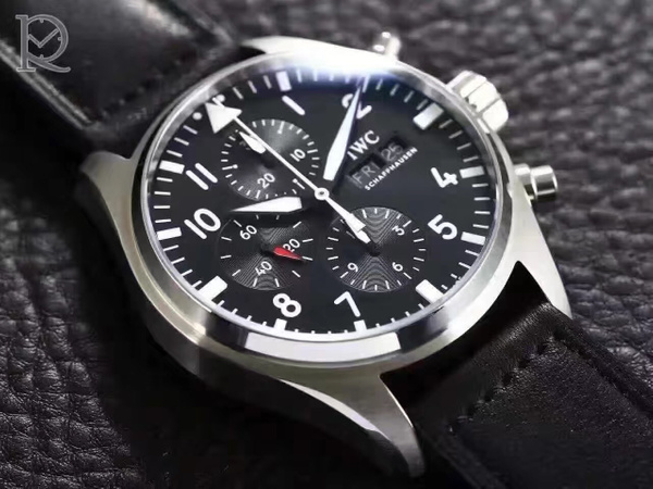 IWC PILOTS CHRONOGRAPH SS - 377709 (YL)