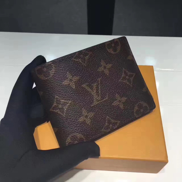 WALLETS & ACCESSORIES