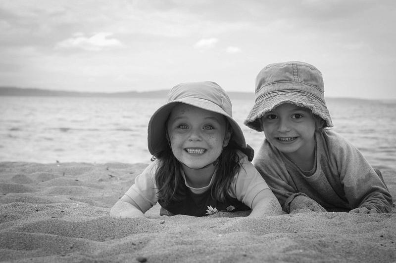 beach kids 01