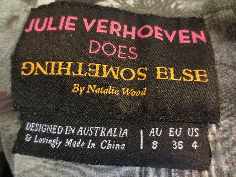 R-06 Robe en soie (taille S) 45$