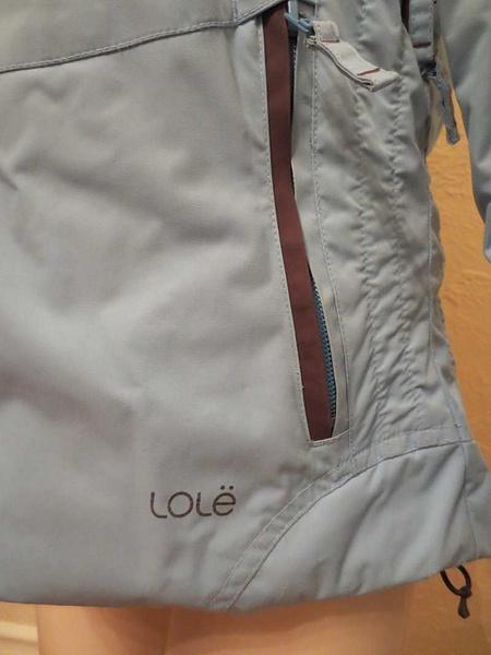 M-05 Manteau de ski Lolë (taille S) 40 $ by Mamzelle M.