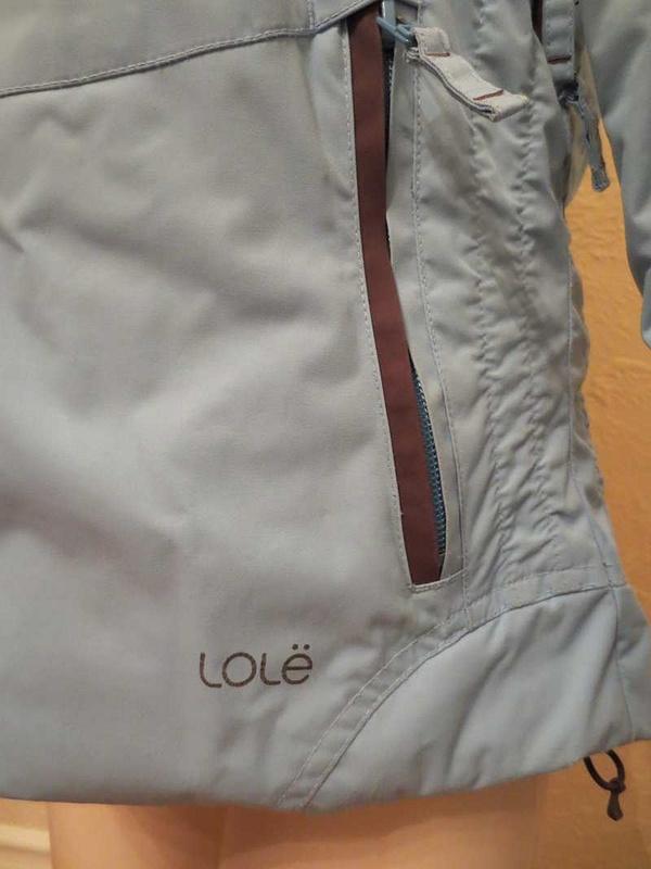 M-05 Manteau de ski Lolë (taille S) 40 $
