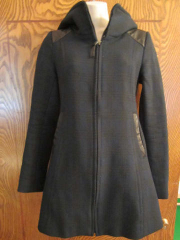 M-03 Manteau Mackage (taille XS) 65 $