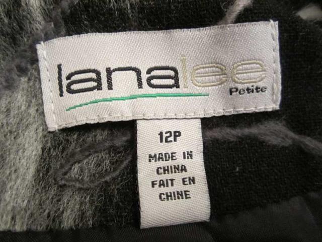 V-08 Veste avec filsl de lainage brodés (taille 12 P) 35 $