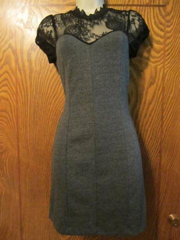 R-05 Robe avec dentelle (taille S) 35 $ by Mamzelle M.