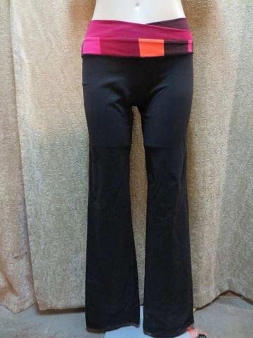 TY-01 Pantalon yoga Lululemon (taille 8) 55 $