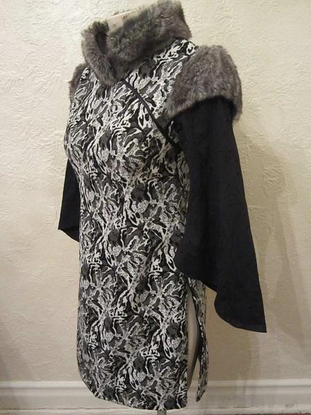 R-25 Robe stule asiatique (taille S) 45 $ by Mamzelle M.