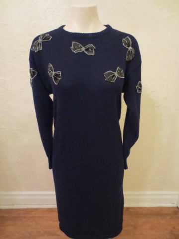 R-30 Robe vintage en tricot (taille S) 20$