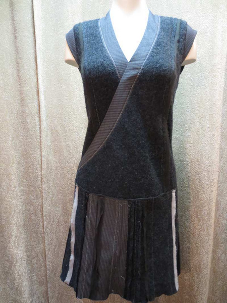 R-37 Robe /Tunique en lainage (taille S) 35 $ by Mamzelle M.