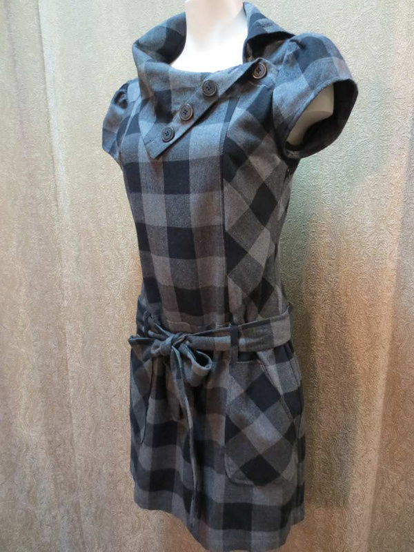 R-38 Robe /Tunique motifs à carreaux (taille S/M) 35 $