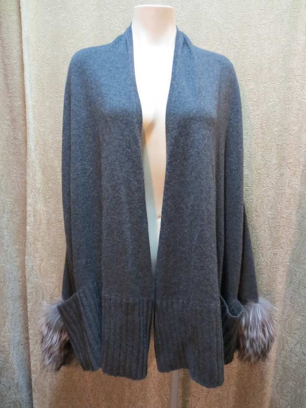 V-25 Veste en cashmere et véritable fourrure Michael Kors (taille L) 95 $