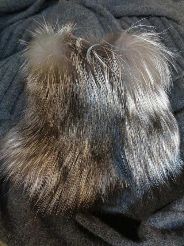 V-25 Veste en cashmere et véritable fourrure Michael Kors (taille L) 95$