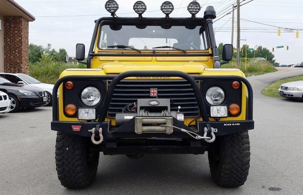 Used-1997-LandRover-Defender-ID93652402 by Eurobahn