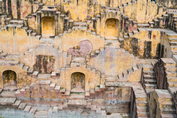 Stepwell,_Jaipur by FotoClaveGallery