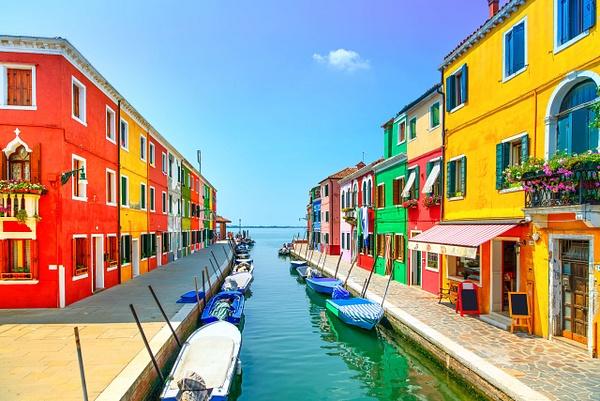 Burano-Italy by Regina1