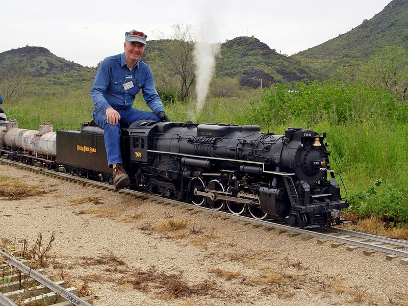 Running at the Maricopa Live Steamers - 2005