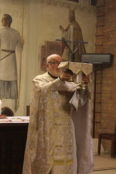 Görög katolikus Szent Liturgia a szemináriumban by...