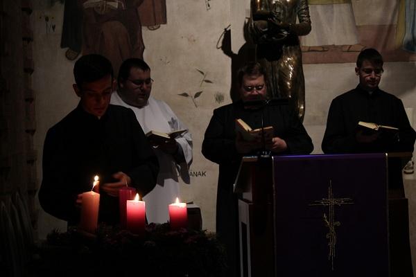 Adventi gyertyagyújtás by Szent Gellért Szeminárium