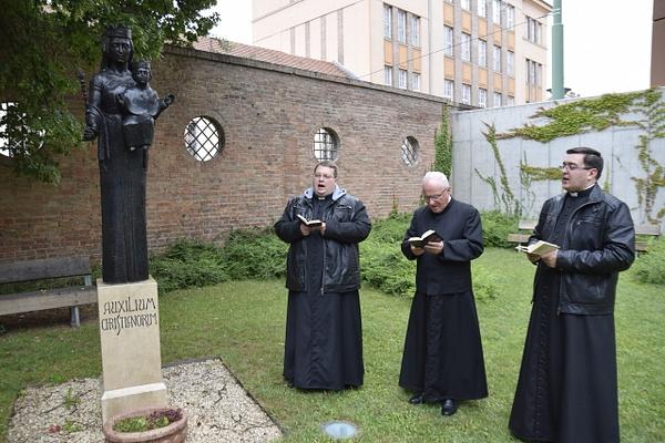 Ünnepélyes Mária litánia by Szent Gellért...