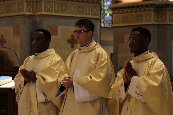 Három újmisés pap a Szeged-Csanádi egyházmegyében...