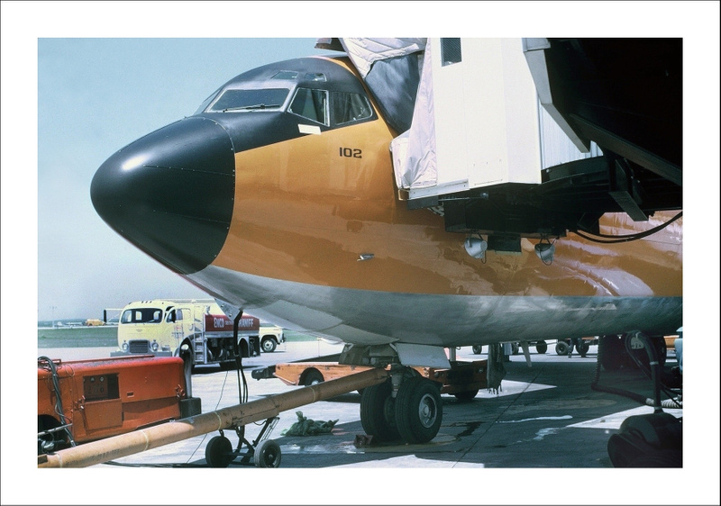 Braniff Airways Boeing 707-327C